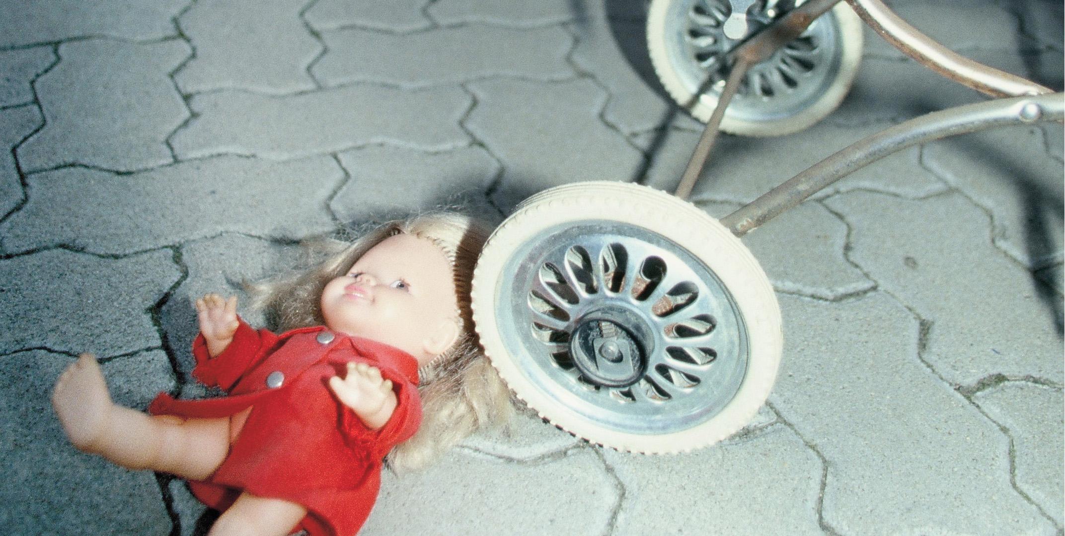 Puppe Puppenwagen 01b 1000010